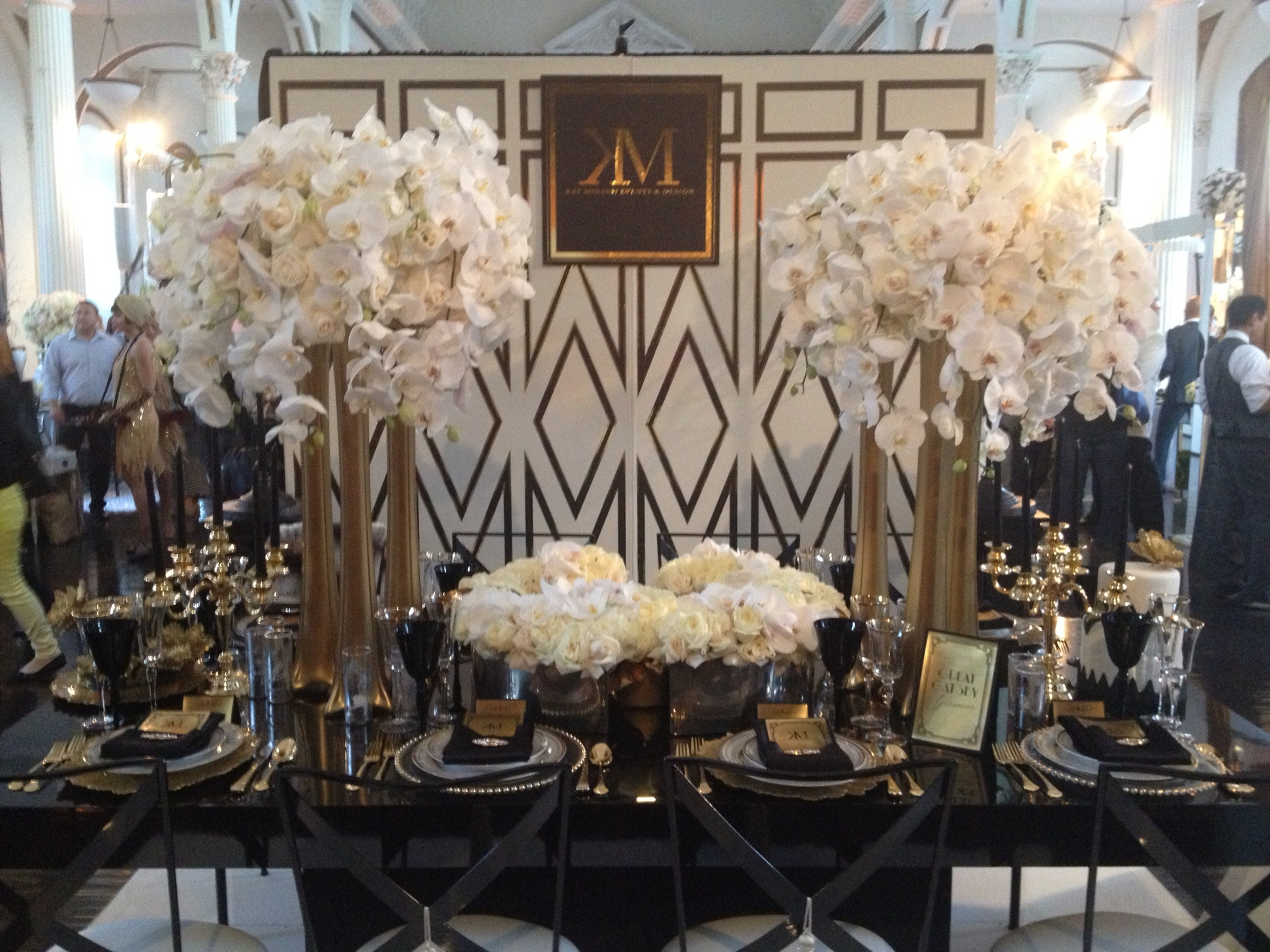 Great gatsby wedding inspiration santa barbara style santa event designer kat minassis great gatsby tablescape junglespirit Images